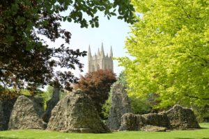 AbbeyGardens-ruins-and-Cathedral-sm